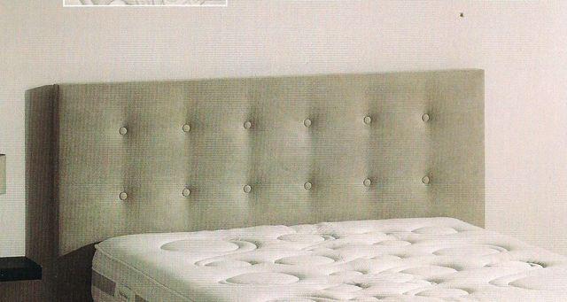 Tête de lit droite boutonnée