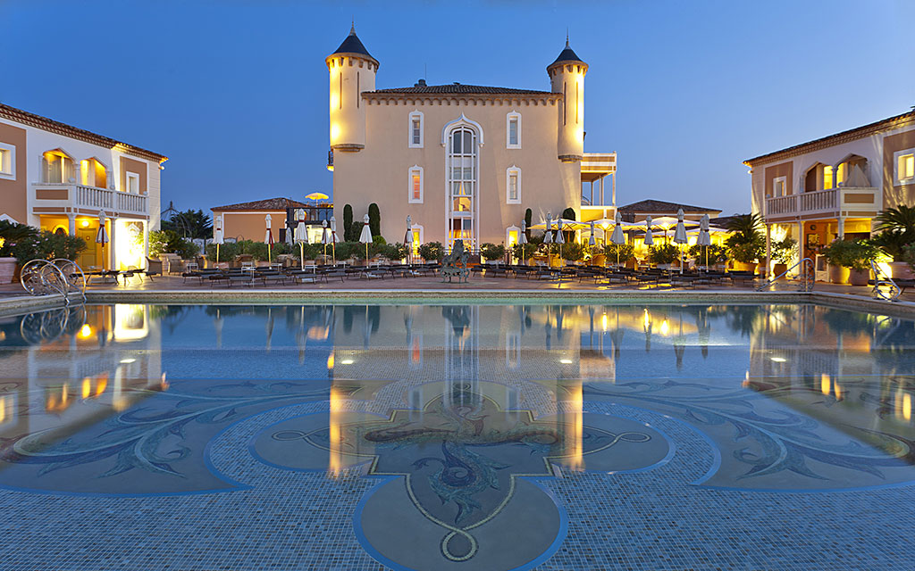Hotel Ch U00e2teau De La Messardi U00e8re 5   Palace  U00e0 Saint Tropez